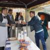 Hilmi Türkmen'in öğrencilere çorba ikramı