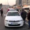 Ataşehir'de otomobil bayana çarptı