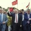 Başbakan Yıldırım, kurmaylarıyla birlikte 15 Temmuz Şehitler Köprüsü'ne yürüdü