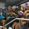 Metrobüste gençlerden dikkat çeken farkındalık