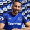 Cenk Tosun Everton'a imzayı attı
