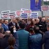 AK Parti Kadıköy'den olayın olduğu metro durağında basın açıklaması