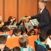 Çekmeköy Belediyesi'nden 'okul günlüğü' tutan öğrencilere ödül