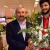 Başkan Erdem şampiyonları karşıladı